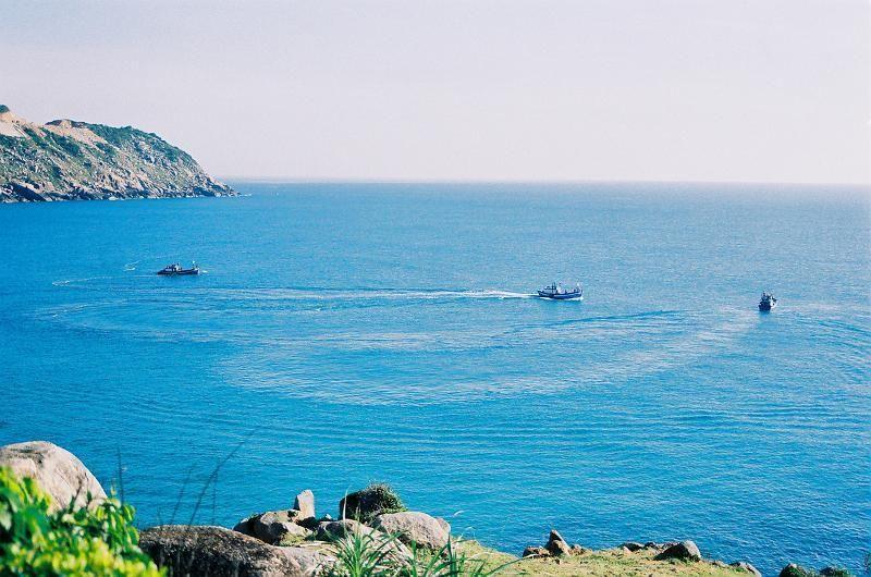 Vẻ đẹp hoang sơ mà đầy thơ mộng của biển Đại Lãnh