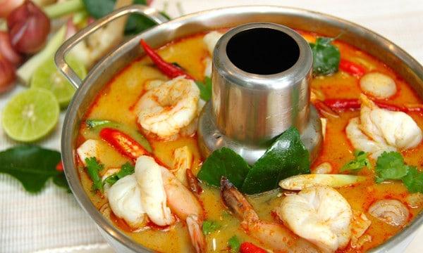 Canh tôm chua Thái Lan