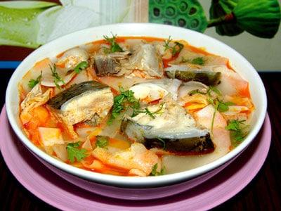 Canh chua cá bớp Phú Quốc
