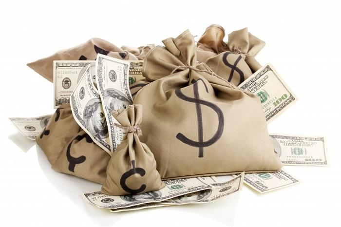 Tiền là cần thiết nhất
