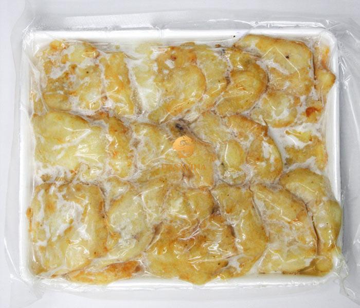 Chả mực DASAVINA được hút chân không đảm bảo vệ sinh an toàn thực phẩm cũng như hương vị của chả mực