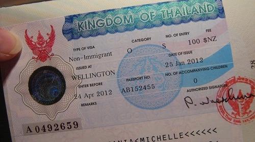 Mang visa nếu bạn ở Thái Lan nhiều hơn 60 ngày