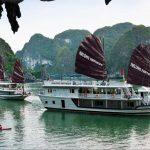 Du lịch Hạ Long 2 ngày 1 đêm ngủ tàu Fantasea