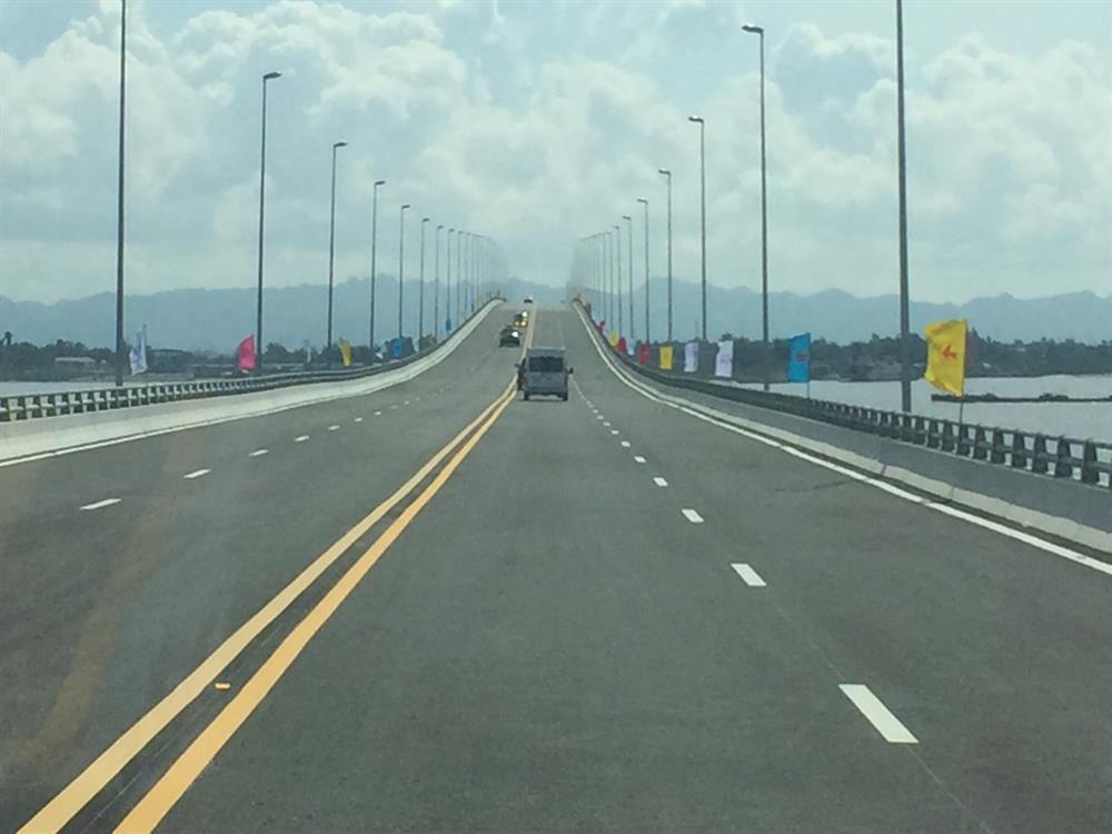 Cầu Tân Vũ Lạch Huyện giúp du khách tiết kiệm thời gian đến đảo Cát Bà