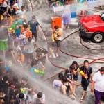 Tất tần tật về lễ hội té nước Songkran Thái Lan 2015