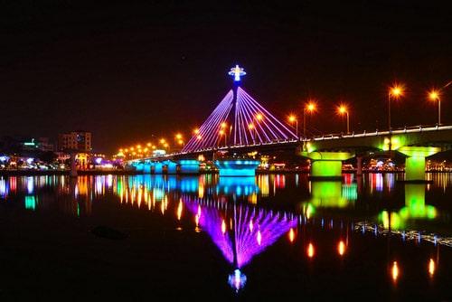 Cầu quay Sông Hàn - Biểu tượng du lịch Đà Nẵng