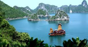 Vịnh Hạ Long - Vẻ đẹp kiến tạo tự nhiên ấn tượng