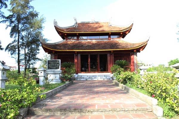 Nhà lưu niệm Chủ tịch Hồ Chí Minh