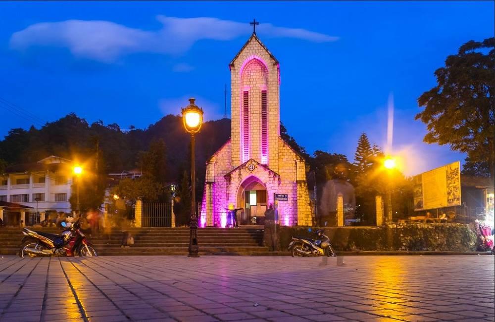 Hình ảnh nhà thờ về đêm