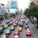 Lựa chọn phương tiện đi lại và liên lạc khi du lịch Bangkok