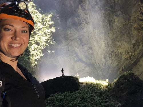 MC Ginger Zee - Người giới thiệu vẻ đẹp hang Sơn Đoòng trên sóng truyền hình Mỹ