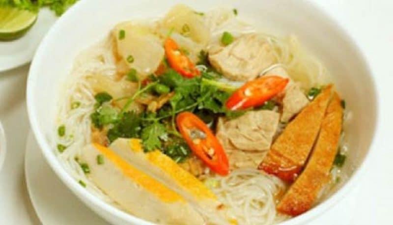 Bún cá. món ăn không thể bỏ qua khi đến Nha Trang