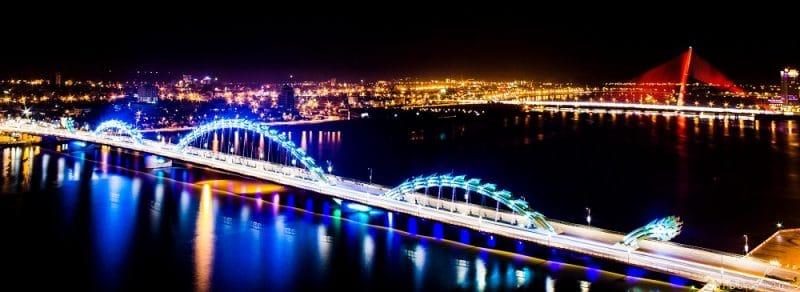 Vẻ đẹp của những cây cầu tại Đà Nẵng về đêm