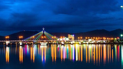 Cầu sông Hàn - Biểu tượng du lịch Đà Nẵng