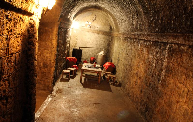 Hầm rượu Debay do người Pháp xây dựng