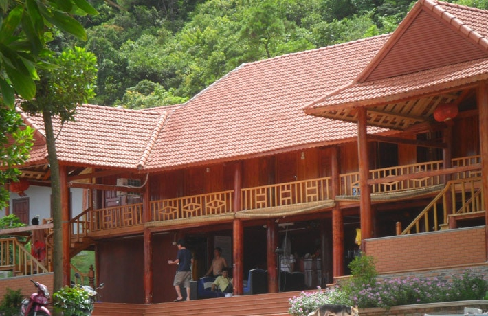 Khu nghỉ dưỡng Hùng Lâm Quan Lạn