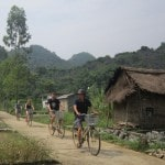 Khám phá cuộc sống đơn sơ, giản dị ở làng chài Việt Hải