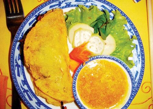 Hương vị dân dã mà khó quên của bánh khoái Quảng Bình