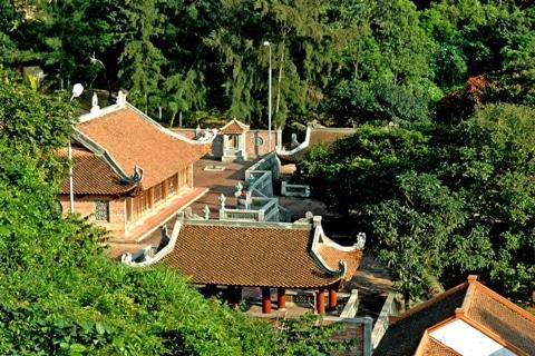 Vẻ đẹp của chùa Ngư tọa lạc trên đảo Hòn Ngư