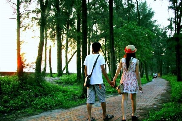 Dạo bước trên đường tình yêu- trải nghiệm lãng mạn nhất trên đảo Cô Tô