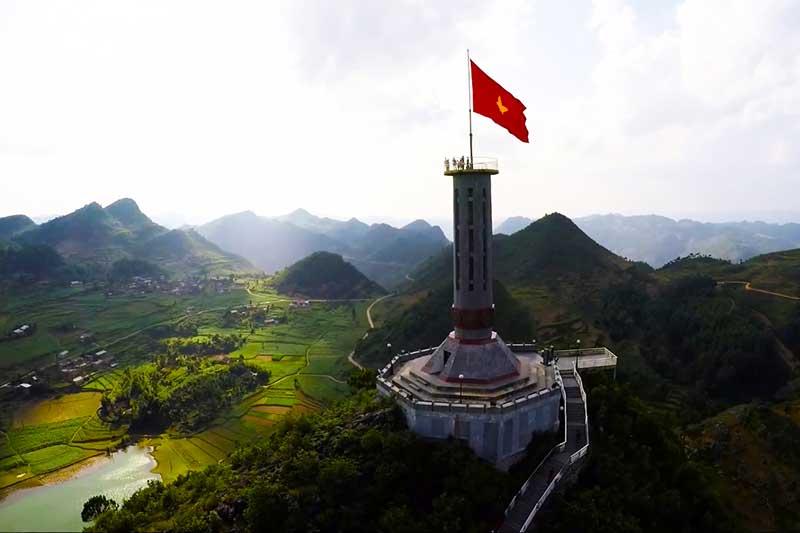 Cột cờ Lũng Cú - Điểm cực Bắc thiêng liêng của Viêt Nam
