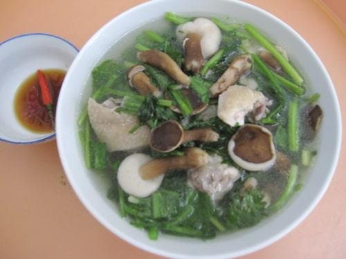 Canh nấm tràm hải sản - Món ngon đặc trưng chỉ có tại Phú Quốc