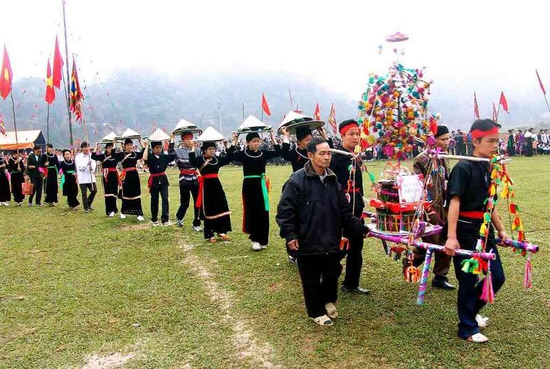 Đầu xuân năm mới là thời điểm diễn ra nhiều lễ hội độc đáo của đồng bào nhân dân ở Hà Giang