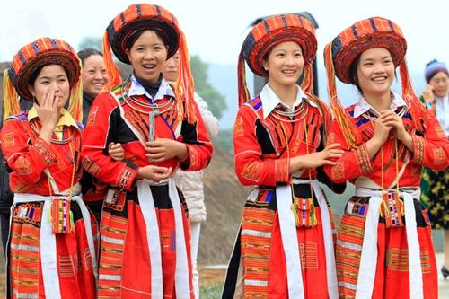 Nét đẹp trong văn hóa trang phục của người Dao