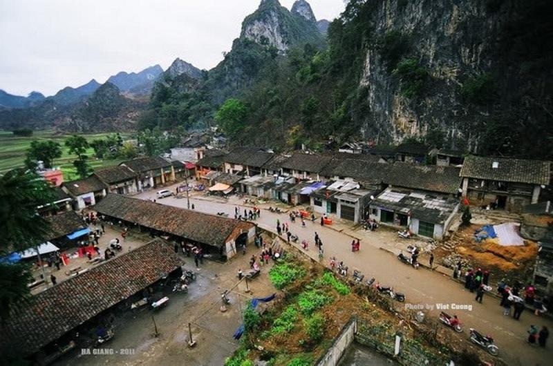Những ngôi nhà trình tường - đặc trưng của phố cổ Đồng Văn
