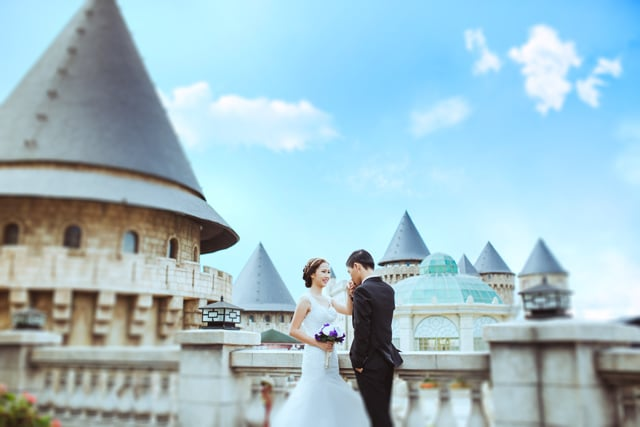Bà Nà Hills là địa điểm yêu thích được nhiều cặp đôi lựa chọn chụp ảnh cưới tại Đà Nẵng