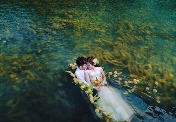 Những tấm ảnh cưới lung linh như trên phim
