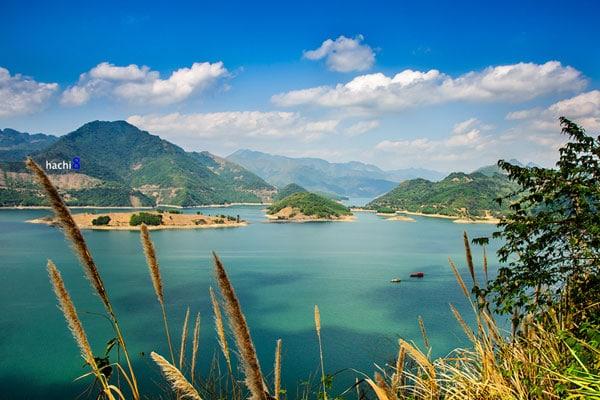 Cảnh sắc đẹp như thiên đường ở Ba Khan