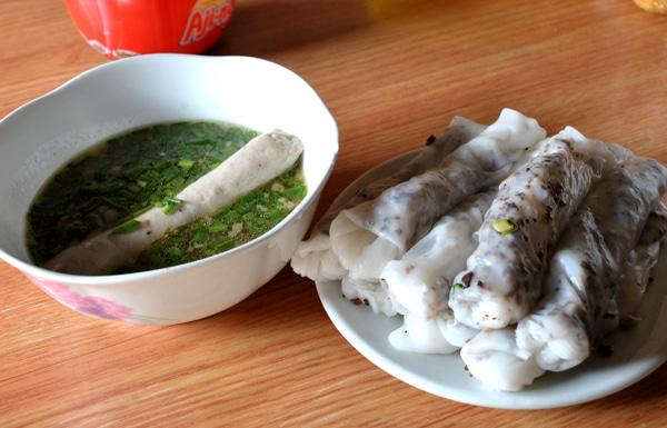 Bánh cuốn phố cổ Đồng Văn- một món ăn ngon độc đáo