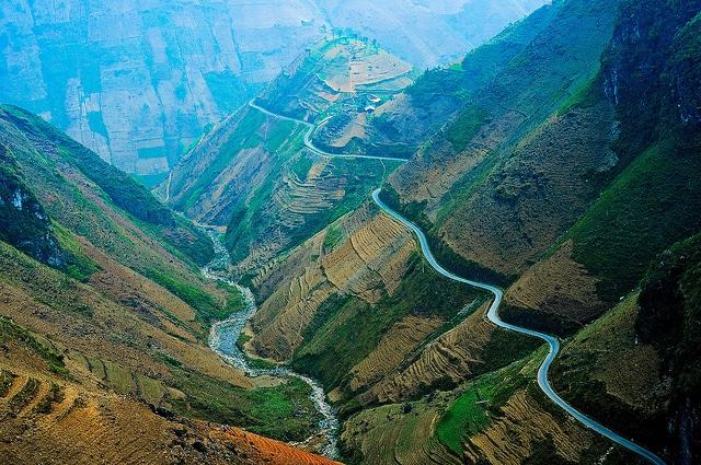 Khám phá đỉnh đèo Mã Pí Lèng – Hà Giang