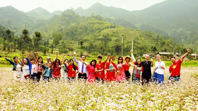 Hoa tam giác là biểu tượng du lịch thu hút đông đảo du khách trong và ngoài nước tới Hà Giang