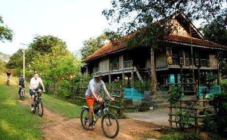 Khám phá các bản làng Mai Châu