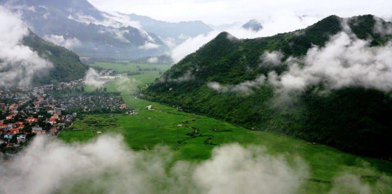 Đắm mình vào núi non thơ mộng của Mai Châu
