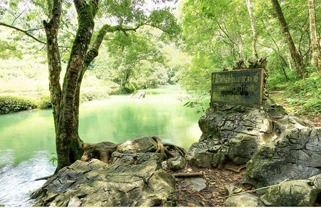 Khu di tích Pắc Bó - Nơi ở và làm việc của Bác Hồ những năm kháng chiến chống Pháp