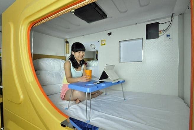 Phòng ngủ con nhộng rất thích hợp với các bạn trẻ