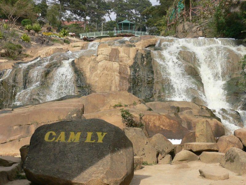 Du lịch Đà Lạt chiêm ngưỡng vẻ đẹp thác Cam Ly