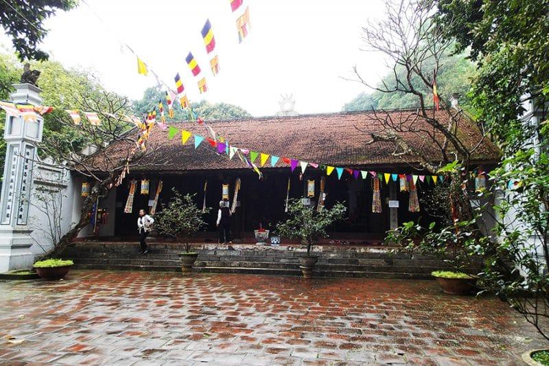 Du lịch Hà Nội – chùa Trầm – chùa Trăm Gian