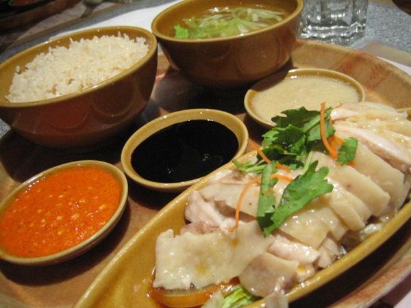 Cơm gà Hải Nam – món gà đệ nhất Singapore