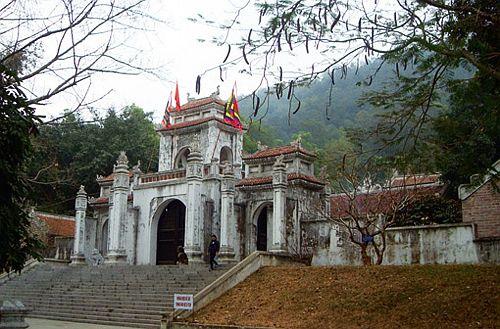 Tour du lịch đền Bà Triệu – đền Ông Hoàng Mười