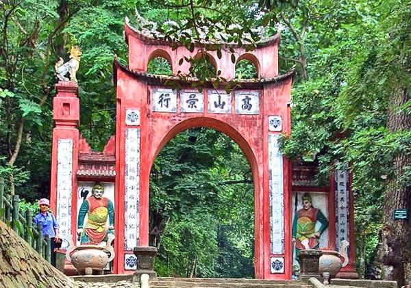 Du lịch Đền Hùng – Đền Mẫu Cơ giá rẻ
