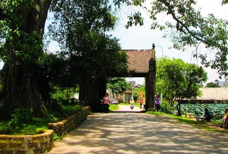 Tour Chùa Thầy – chùa Tây Phương – Làng cổ Đường Lâm