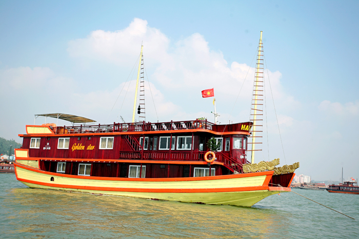 goden-star-cruise-halong