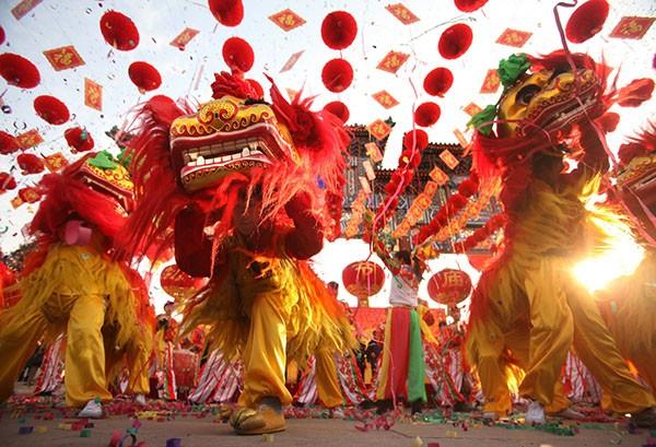 Lễ hội River Hongbao nhộn nhịp và vui vẻ