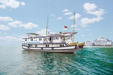 Du lịch Hạ Long 2 ngày 1 đêm ngủ tàu Ocean Cruise