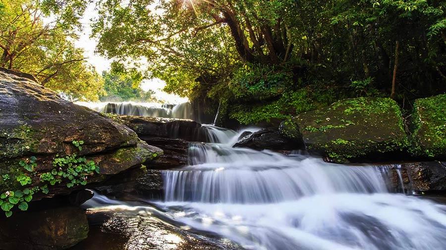 Suối Tranh – Dòng suối đẹp bắt nguồn từ dãy Hàm Ninh