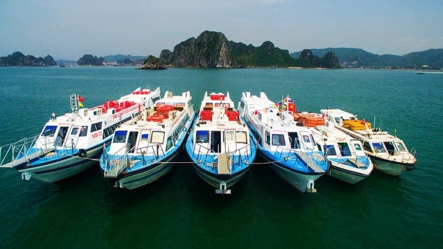Tàu cao tốc tiết kiệm được phần lớn thời gian ra đảo Quan Lạn